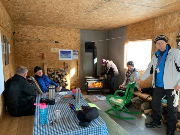 Sortie au relais. Julien Tousignant, Louis Lafrenière, Benoit Cayouette, Aline Lambert, Louise Cayouette et la photographe Céline Filion.